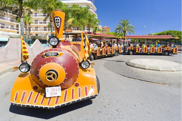 Trenet-turístic-Santa-Susanna©ACT_Miguel-Ángel-Álvarez-e1524134365996